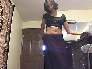 देसी गर्ल इंडियन प्रिंसेस खुद को गोरे लंड की पुजारन  बोल रही