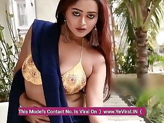 HOT INDIAN BHABHI IN SAREE &_ BRA (KOLKATA)  HELP YOU TO MASTRUBRATE