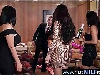 Monster Cock To Ride For Wild Mature Lady (india summer) movie-20