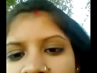 Young married bhabhi sex with lover in Corn Field